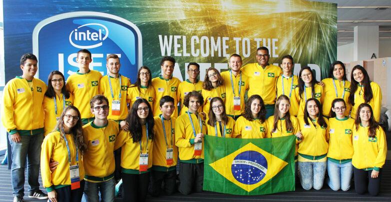 Estudantes brasileiros na ISEF